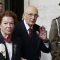 Giorgio Napolitano junto a su esposa.