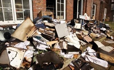 Gran parte del material de la redacción quedó destruida (Foto-AFP)