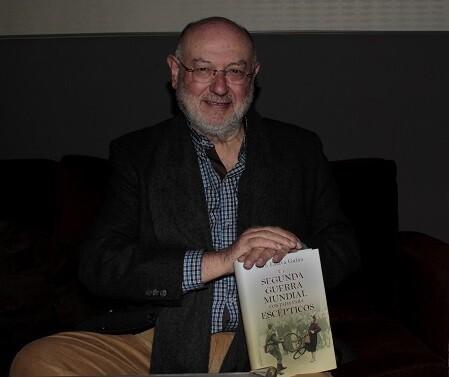 Juan Eslava Galán pasó por Valencia presentando su nuevo libro ' class=