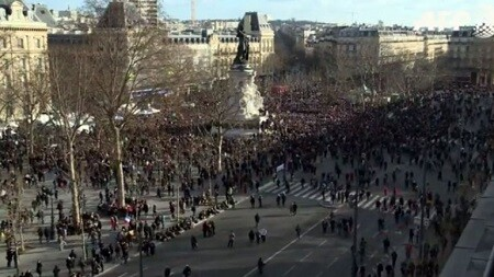 La gente se congregó desde mitad de la mañana. (Foto-AFP)