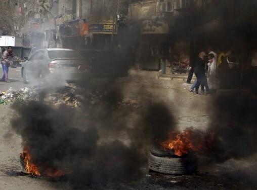La policía egipcia  empleo su fuerza contra los manifestantes. (Foto-AP)