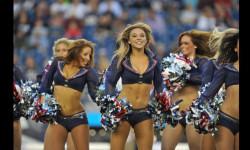 Las Sea Gals de Seattle y las animadoras de los Patriots de Nueva Inglaterra se preparan para el duelo de belleza en el máximo evento deportivo de EEUU (3)