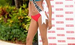 Las candidatas a Miss Universo se divierten y desfilan en bikini (14)