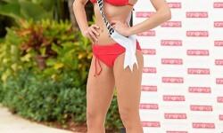 Las candidatas a Miss Universo se divierten y desfilan en bikini (6)