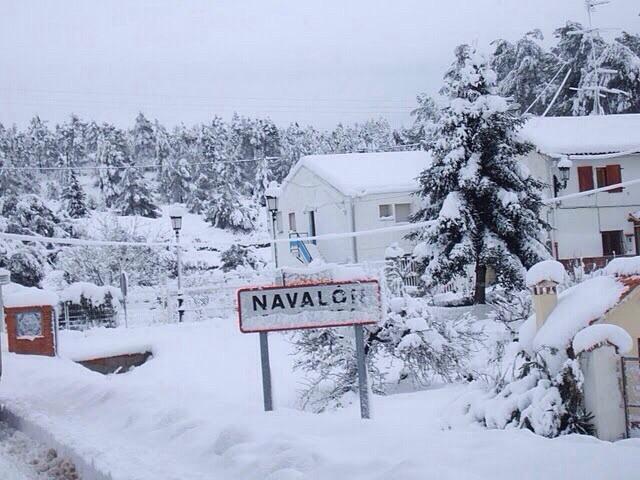 Les zonas altas de la província han despertado cobiertas de nieve