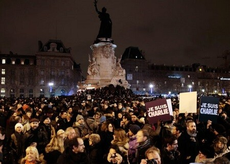 Miles de parisinos mostraron su rechazo al atentado. (Foto-AFP)
