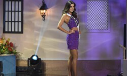 Paulina Vega, Miss Universo (6)