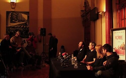 Rueda de prensa en el Teatro Olympia de ' class=