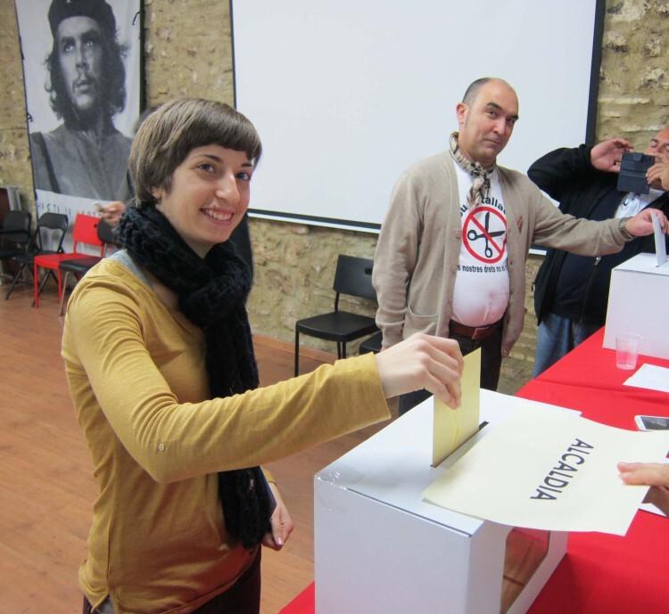 Votació Manuel Colomer i Mireia Biosca