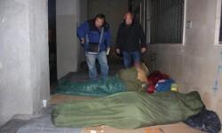 policia local valencia reparte mantas