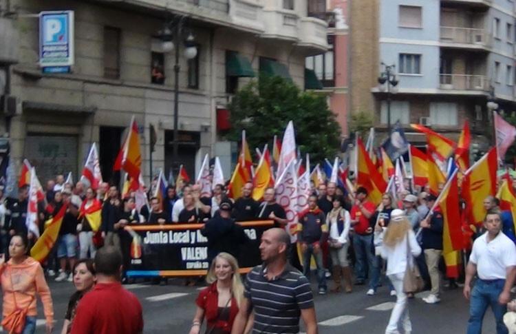 Manifestación de España 2000 en un 12 de octubre, Día de la Hispanidad.
