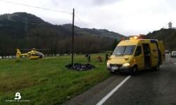 2015.02.02 Accidente de tráfico en Salas 4