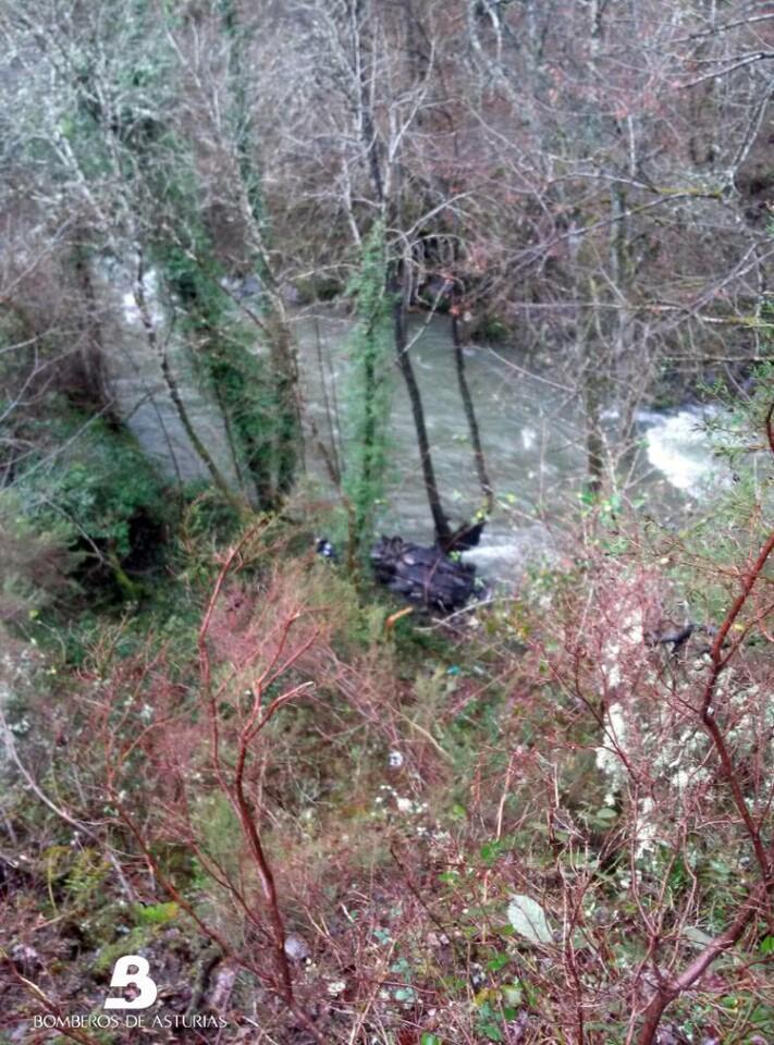 Un hombre pierde la vida en un accidente de tráfico en Allande