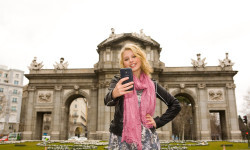 Alexandra Beaton, protagonista de The Next Step visita Madrid disney (5)