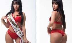 Claudia Alende desnuda posó a lo Megan Fox (14)