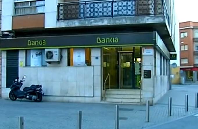 Dos detenidos por agredir a una indigente en Torrent   lasprovincias.es