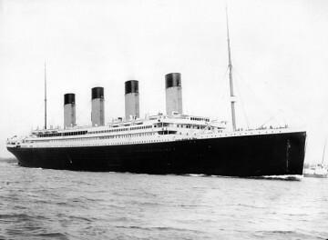 El RMS 'Titanic' a su salida del puerto de Southampton (Reino Unido).