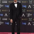 El actor RÁUL ARÉVALO vestido por PERTEGAZ en los Premios Goya 2015