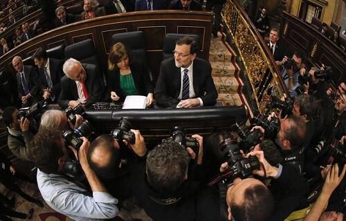 El presidente de gobierno en su escaño del Congreso. (Foto-Agencias) - copia