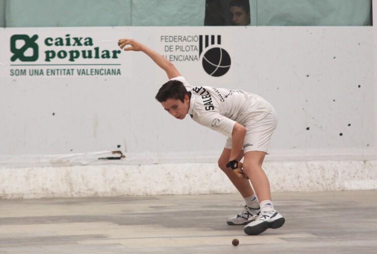 FOTO. Carlos Sallelles, JUGADOR D´OLIVA  JECV raspall,