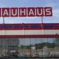 Fachada principal Bauhaus en Paterna.
