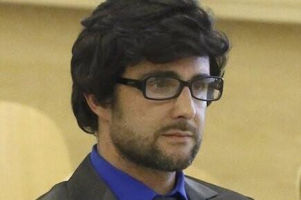 Falciani, disfrazado, cuando declaró ante el fiscal por el robo de información.