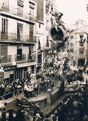 Falla Plaça Sant Jaume del año1944.