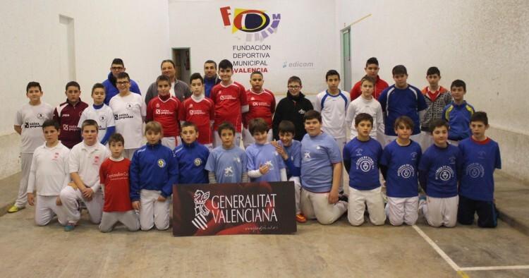 Foto. Finalistes alevins i infantils de València, modalitat de galotxa