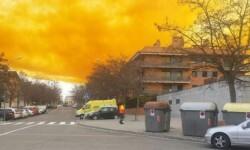 Fotos y vídeo una impresionante nube tóxica puso en alerta a Barcelona (6)