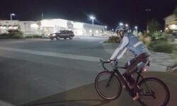 García en su desafío en bicicleta a lo largo de los kilómertros.
