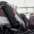 Imagen de los dos trenes tras el impacto. (Foto-AFP)