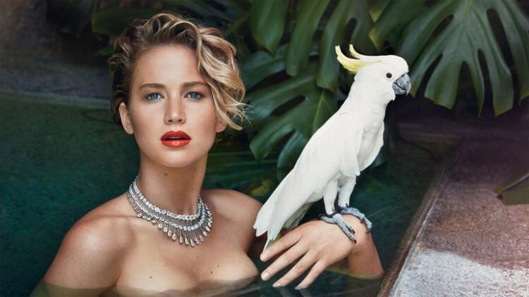 Jennifer Lawrence desnuda tras sufrir el robo de fotos íntimas (5)