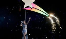 Katy Perry ruge fuerte pero no impacta en el Super Bowl XLIX (1)