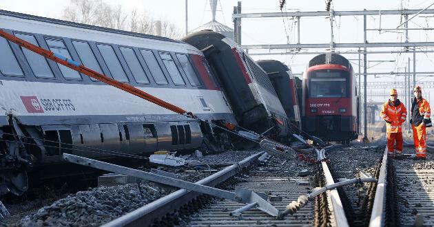 La ciudad de Zúrich vivió un dramático momento por el choque de dos trenes.
