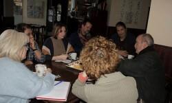Los alumnos de los talleres literarios adscritos a 'Libro, Vuela Libre' en momento de la masterclass.