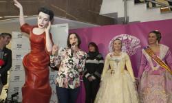 Luz, Casal, Ninot de Blanquerías todos contra el cáncer de mama (4)