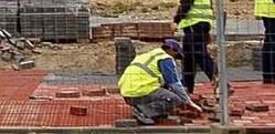 Obreros trabajando.