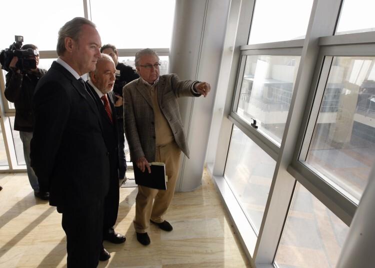 President_Edificio_Administrativo_C._Luz_2