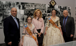 Rafael Solaz exposición Falles de cartó Falleras Mayores Estefanía López Montesinos María Donderis Sanchis (15)