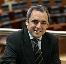 Simancas es el actual responsable de la gestora del Partido Socialista de Madrid.