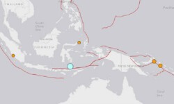 Un sismo sacude Indonesia sin amenaza de Tsunami. El punto más claro indica el origen del sismo. (Foto-USGS).