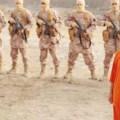 Una imagen previa, extraída del vídeo, del cruel asesinato de Maaz al Kasasbeh.