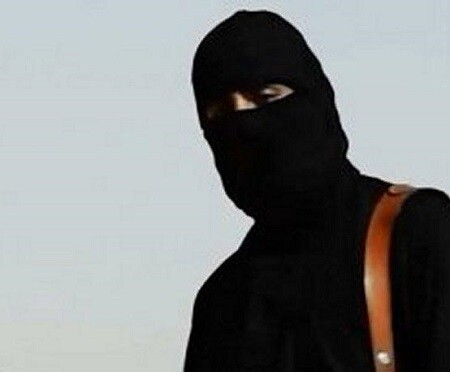 Uno de los ejecutores encapuchados del Estado Islámico. (Foto-Agencias)