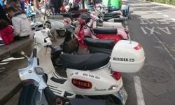 Ves'pa la Falla, Sagunt-Sant Guillem reúne cerca de 300 Vespas y Lambrettas en la cuarta concentración (21)