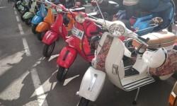 Ves'pa la Falla, Sagunt-Sant Guillem reúne cerca de 300 Vespas y Lambrettas en la cuarta concentración (22)