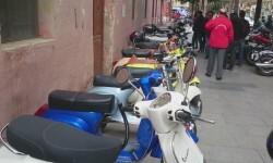 Ves'pa la Falla, Sagunt-Sant Guillem reúne cerca de 300 Vespas y Lambrettas en la cuarta concentración (4)