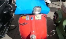 Ves'pa la Falla, Sagunt-Sant Guillem reúne cerca de 300 Vespas y Lambrettas en la cuarta concentración (58)