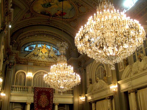 lamparas-salon-de-cristal-ayuntamiento-valencia