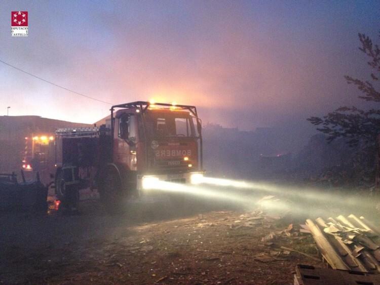 vilareal-incendio-noche