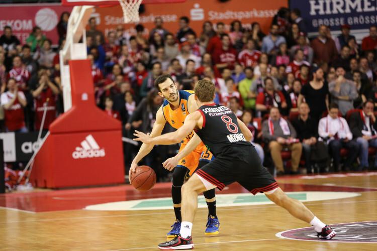 Hauptrunde BekoBBL 2014/15 - 24.Spieltag FC Bayern Basketball vs. TBB Trier